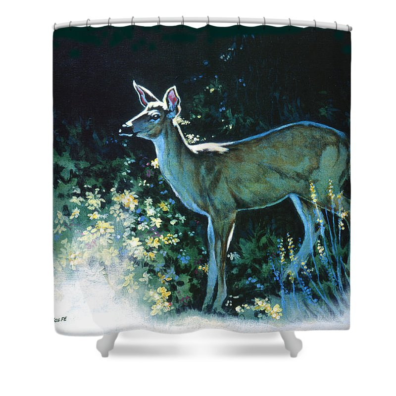 White-tailed Deer Shower Curtain featuring the painting Edge Of The Wood by Richard De Wolfe