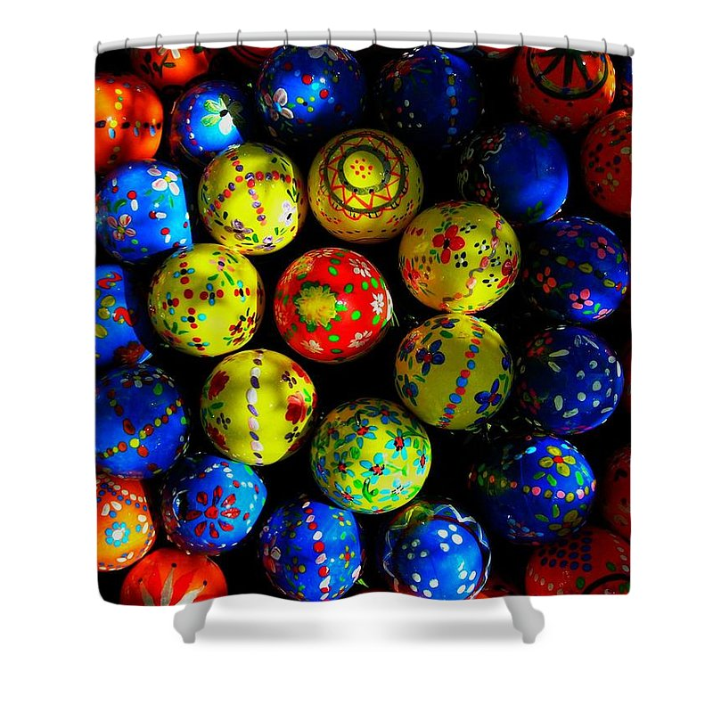 Easter Shower Curtain featuring the photograph Egg - Parade by Juergen Weiss