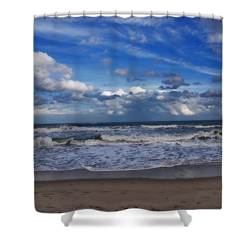 Ocean Shower Curtain featuring the photograph Endless Ocean by Susanne Van Hulst