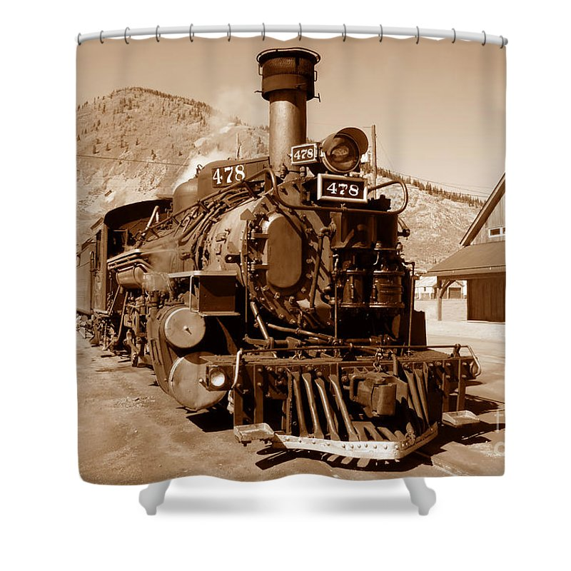 Train Shower Curtain featuring the photograph Engine Number 478 by David Lee Thompson