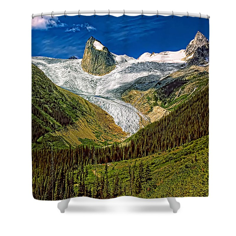 Mountains Shower Curtain featuring the photograph Entering The Bugaboos by Steve Harrington