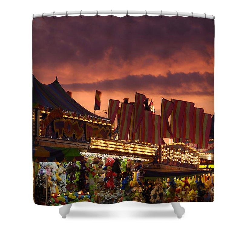 Fair Shower Curtain featuring the photograph Fairsky by David Lee Thompson