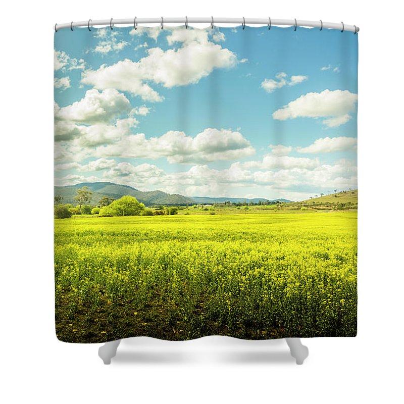Plain Shower Curtain featuring the photograph Farmland Colour by Jorgo Photography - Wall Art Gallery