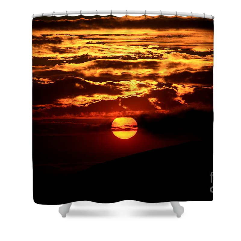 Sunset Shower Curtain featuring the photograph Fire In The Sky by Craig Corwin