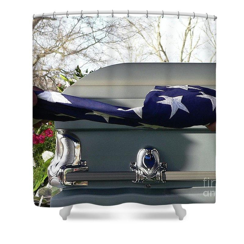 Patriot Shower Curtain featuring the photograph Flag For The Fallen by Al Powell Photography USA