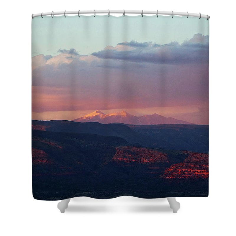 Flagstaff Shower Curtain featuring the photograph Flagstaff's San Francisco Peaks Snowy Sunset by Ron Chilston