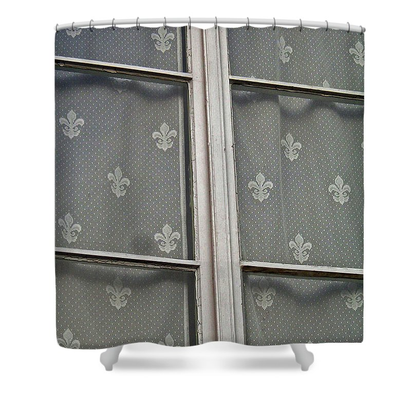 North America Shower Curtain featuring the photograph Fleur-De-Lis by Juergen Weiss