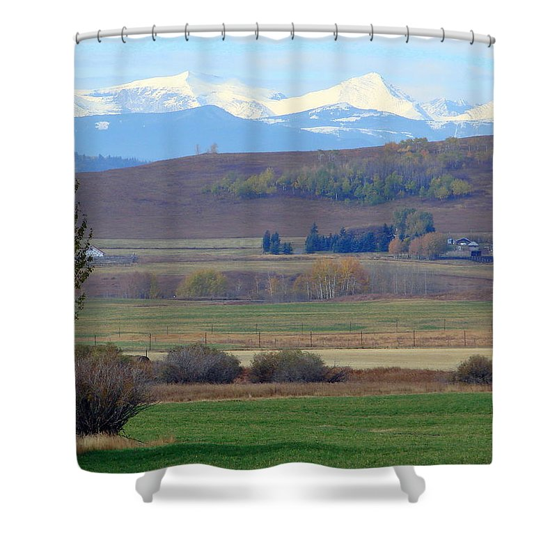 Mountain Shower Curtain featuring the photograph Foothills Farm by Ed Mosier