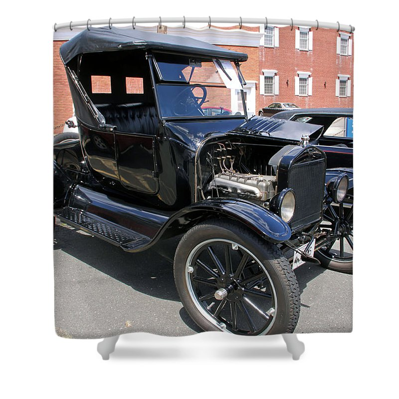 Cars Shower Curtain featuring the photograph Ford Model T1 by Gerald Mitchell