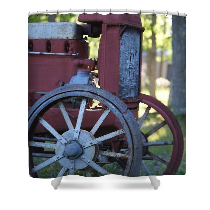 Vintage Shower Curtain featuring the photograph Front End Of A Mccormic Deering Tractor by Rob Luzier