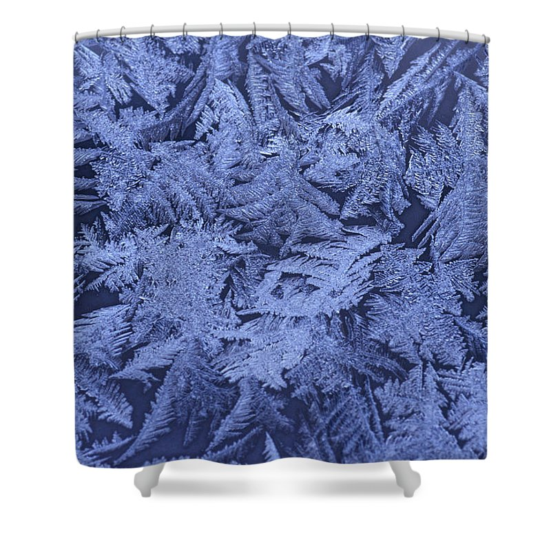 Ice Crystals Shower Curtain featuring the photograph Frost On A Window by Richard Nowitz