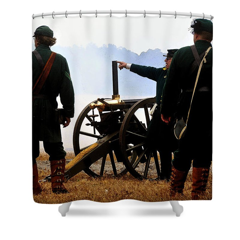 Gatling Gun Shower Curtain featuring the painting Gatling Gun On The Battle Field by David Lee Thompson