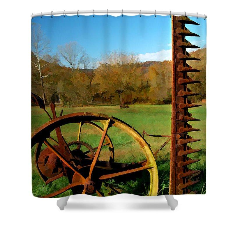 Farmlife Shower Curtain featuring the photograph Gladie Cickle by Sam Davis Johnson