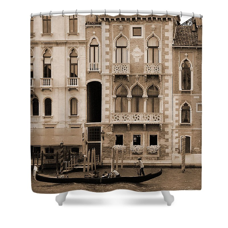 Gondola Shower Curtain featuring the photograph Gondola Crossing Grand Canal by Donna Corless