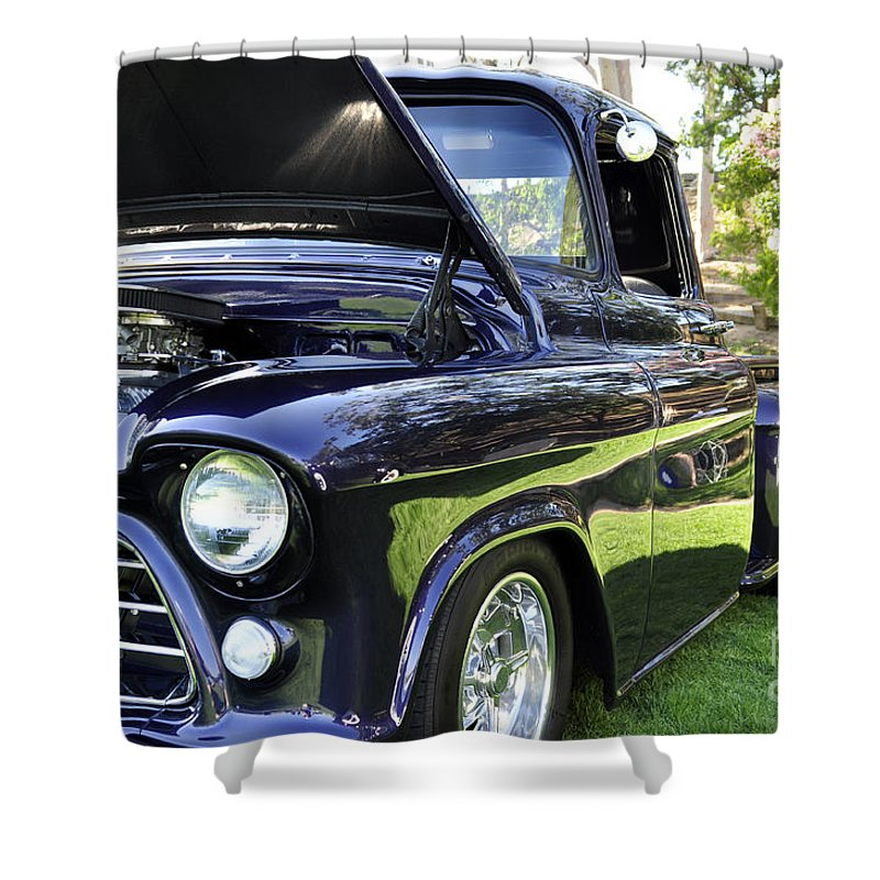 Clay Shower Curtain featuring the photograph Grape Fully Blown Pickup by Clayton Bruster