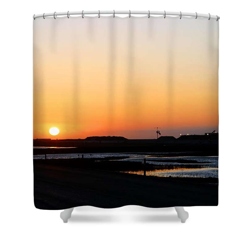 Landscape Shower Curtain featuring the photograph Greater Prudhoe Bay Sunrise by Anthony Jones