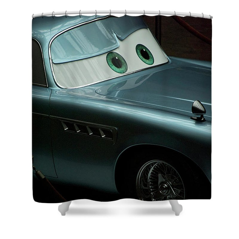 Finn Mcmissile Shower Curtain featuring the photograph Green Eyed Finn McMissile MP by Thomas Woolworth