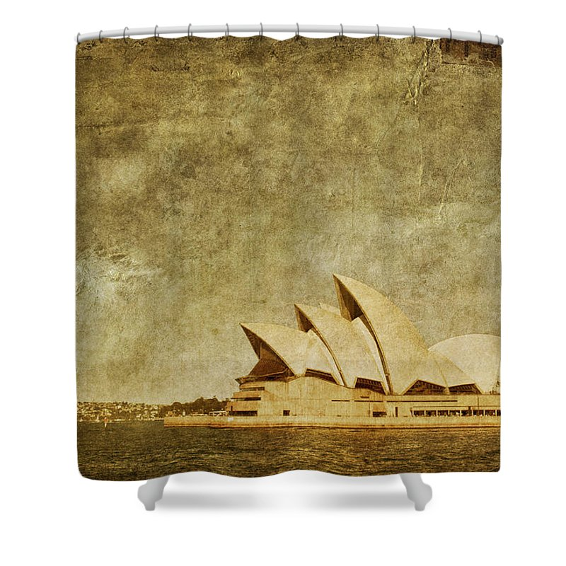 Sydney Shower Curtain featuring the photograph Guided Tour by Andrew Paranavitana