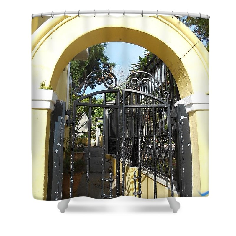 Bermuda Style Shower Curtain featuring the photograph Hamilton Bermuda Style Gate by Carolyn Quinn
