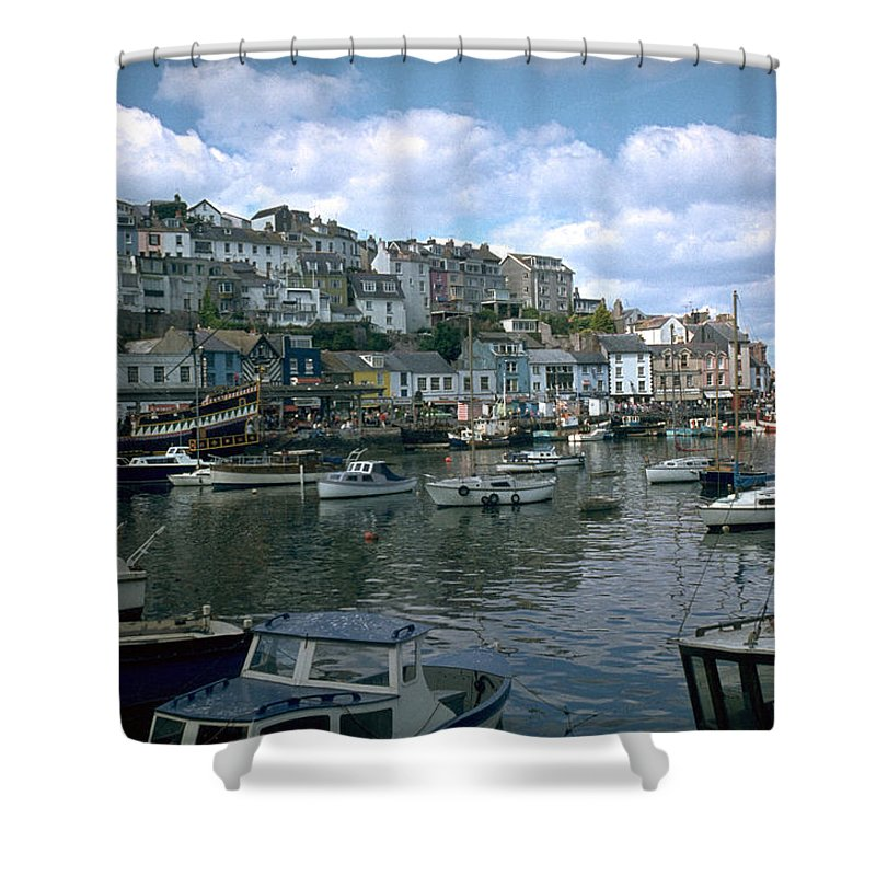 Great Britain Shower Curtain featuring the photograph Harbor by Flavia Westerwelle