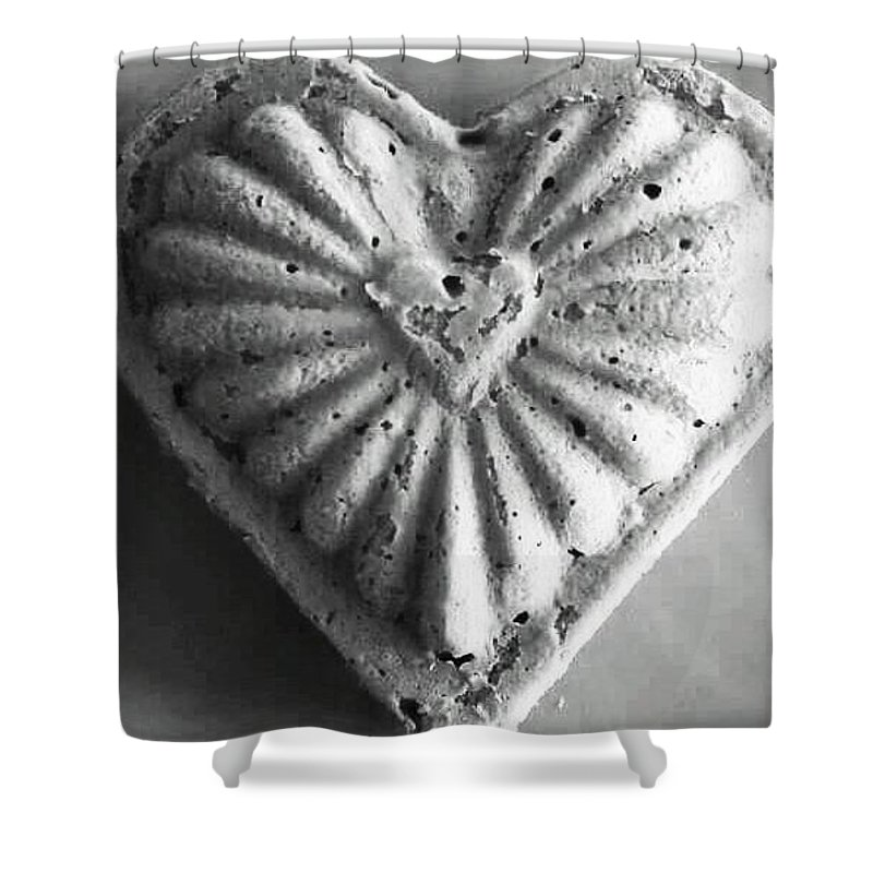 Heart Shower Curtain featuring the photograph Heart Cake by Elyse Fehrenbach