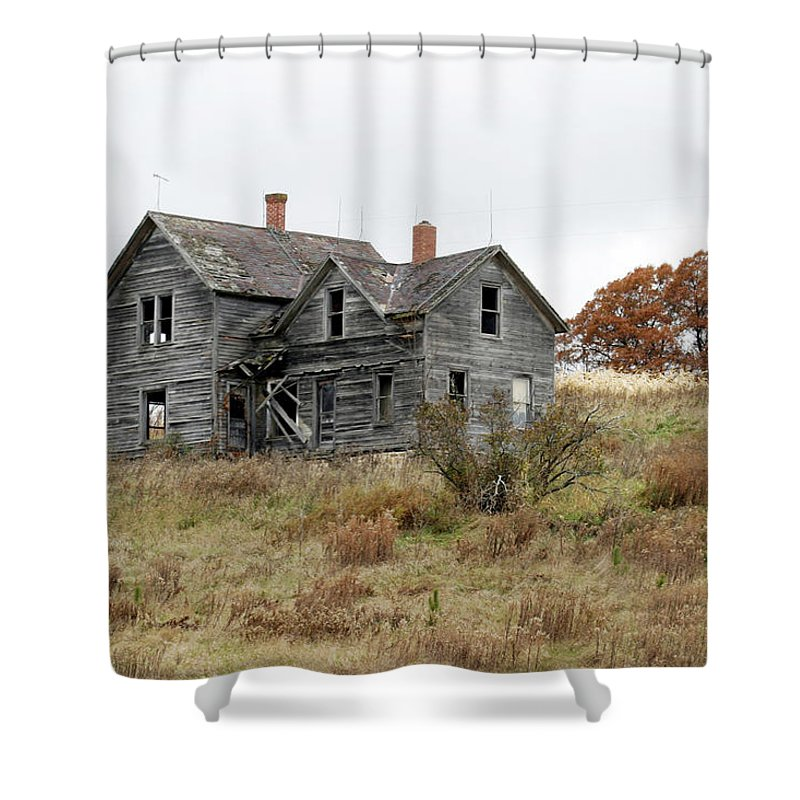 Old Farms Shower Curtain featuring the photograph House With A View by Bjorn Sjogren