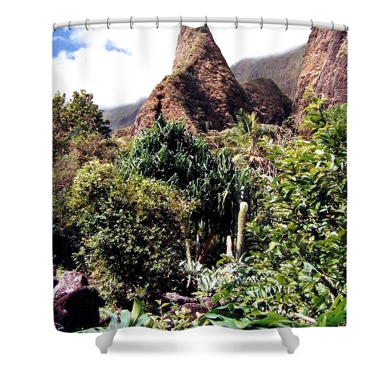 1986 Shower Curtain featuring the photograph Iao Needle by Will Borden