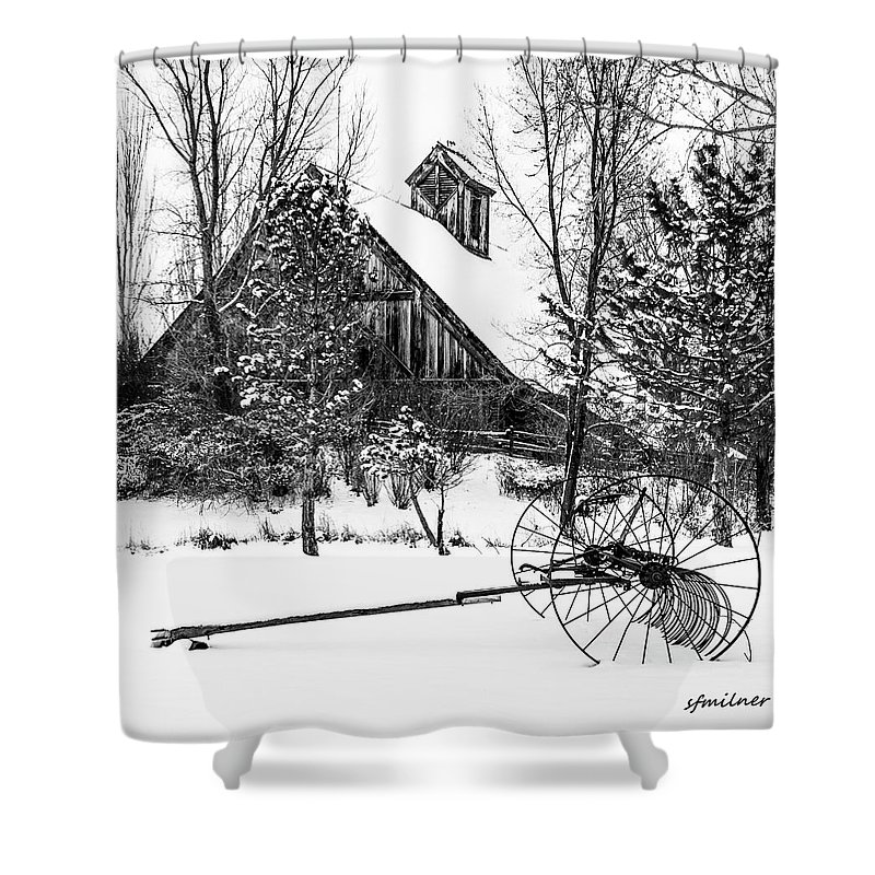 Winters Shower Curtain featuring the photograph Idle Time - Waiting For Spring by Steven Milner