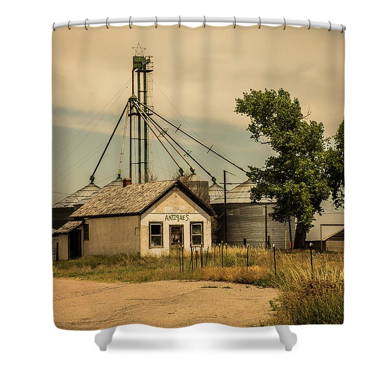 Midwest Shower Curtain featuring the photograph In The Middle Of Nowhere by Greg Sommer