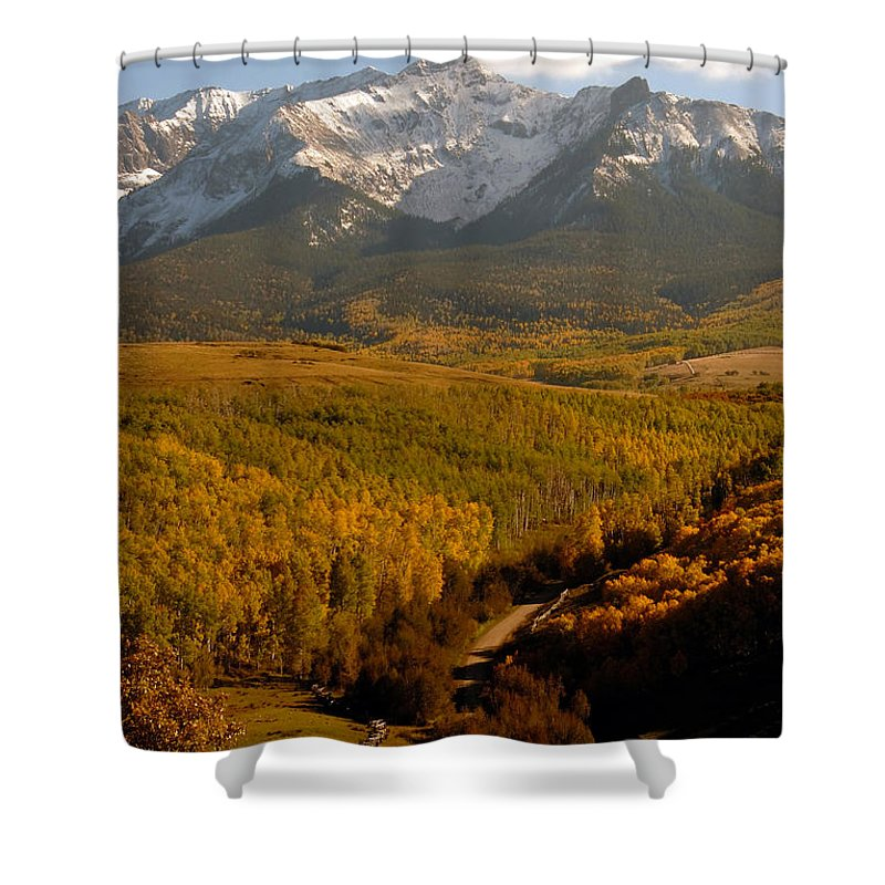 San Juan Mountains Shower Curtain featuring the photograph Into The Mountains by David Lee Thompson