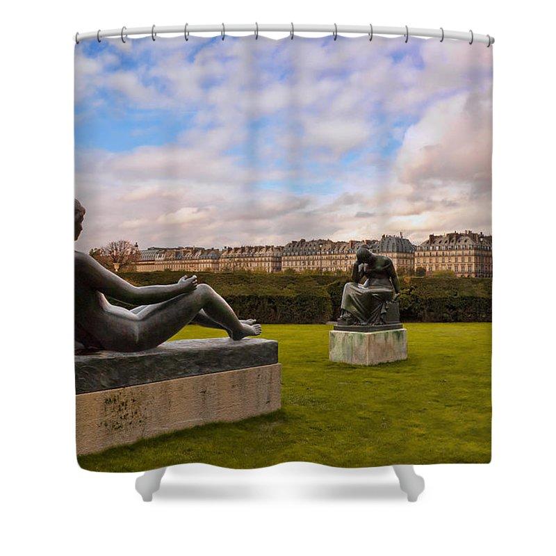 Jardin Des Tuileries Shower Curtain featuring the photograph Jardin Des Tuileries by Mick Burkey
