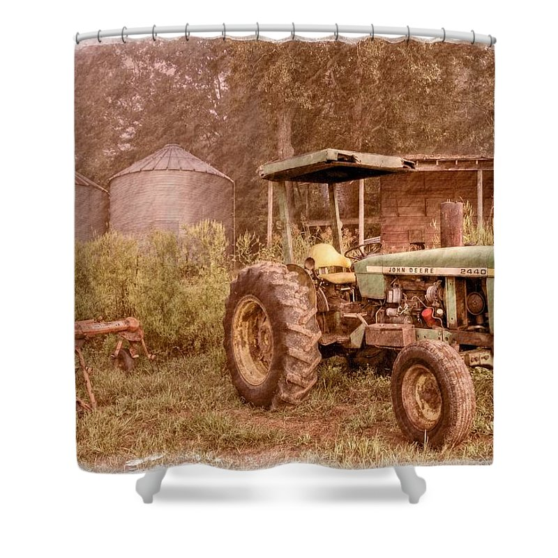 2440 Shower Curtain featuring the photograph John Deere Antique by Debra and Dave Vanderlaan