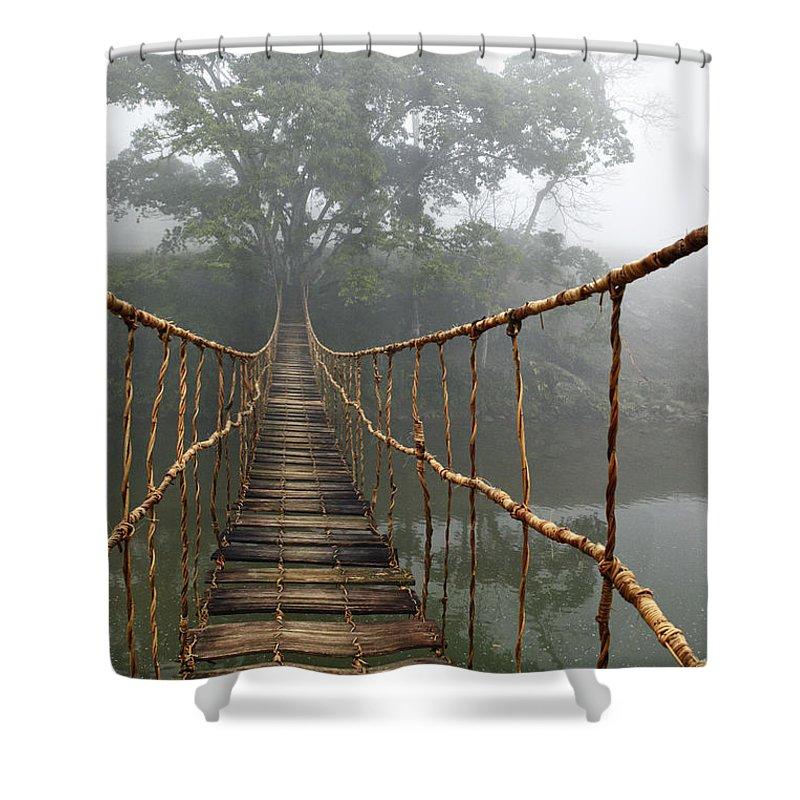 работает постер подвесной канатный мост хофф хоть