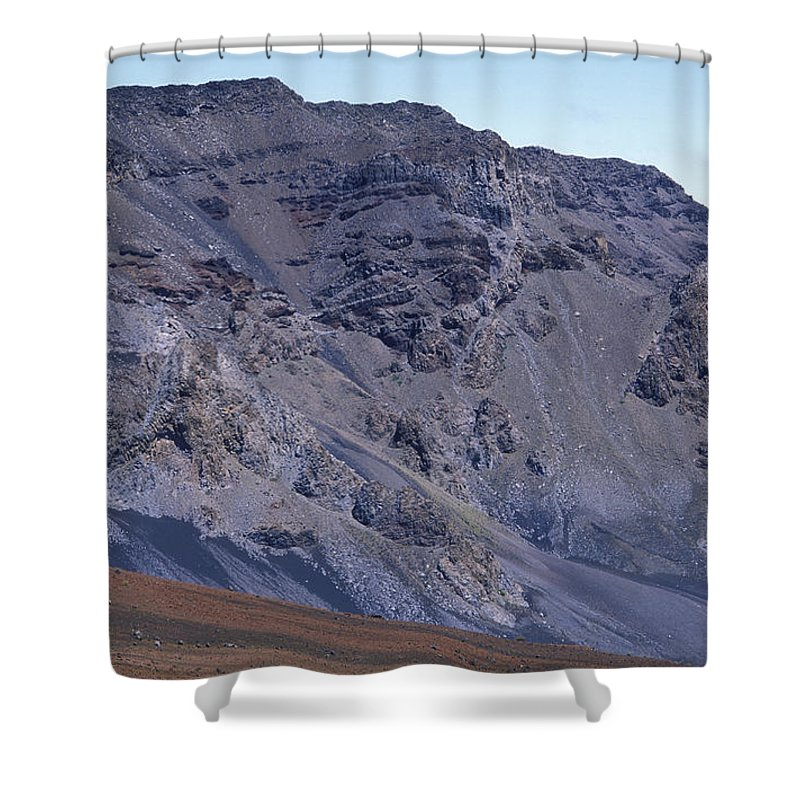 Desolate Landscapes Shower Curtain featuring the photograph Kalahaku Pali And The Haleakala Crater by Rich Reid