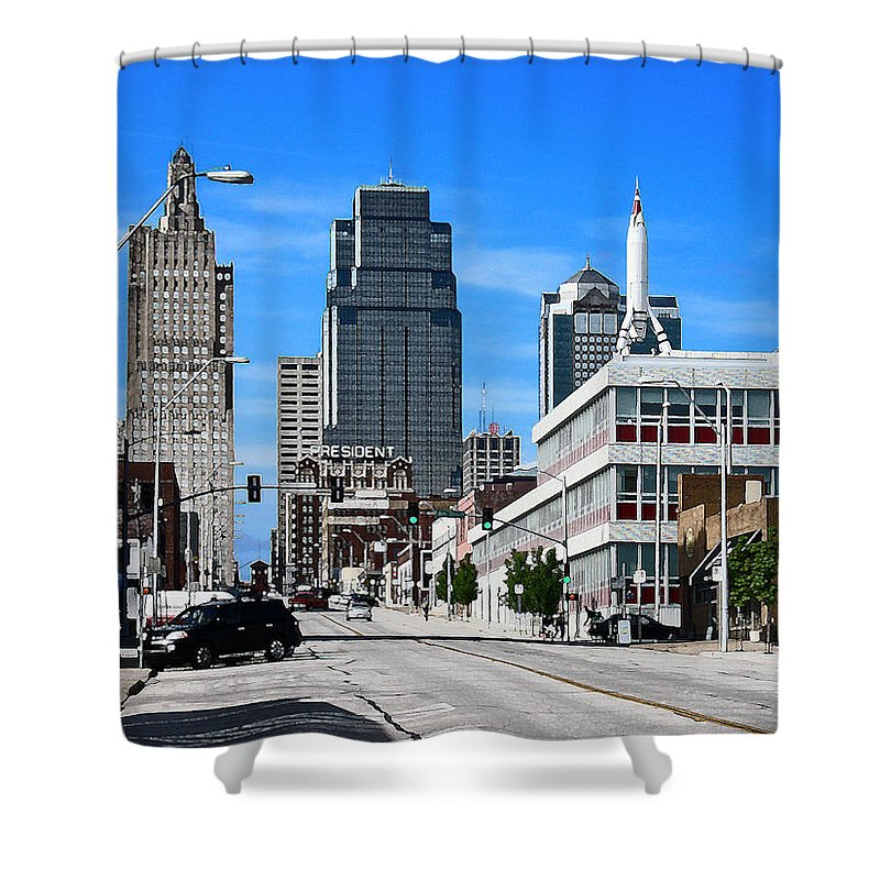 City Scape Shower Curtain featuring the photograph Kansas City Cross Roads by Steve Karol