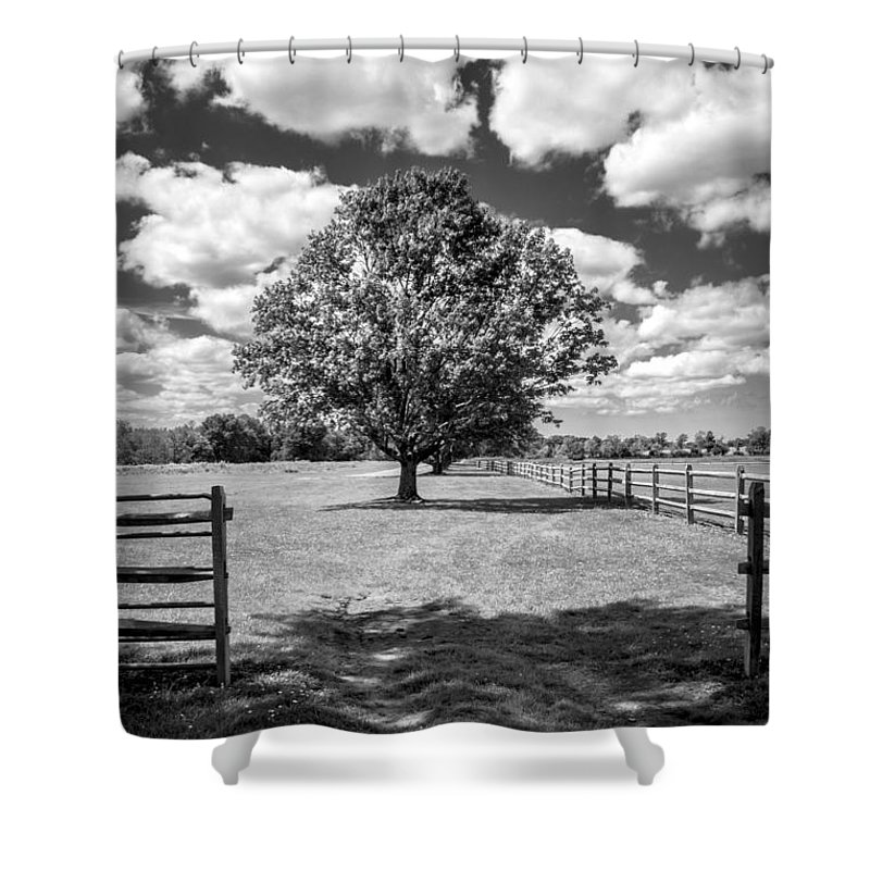 Landscape Shower Curtain featuring the photograph Knox Estate by Jay Wollin