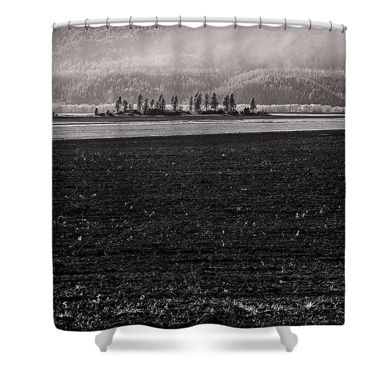 Infrared Shower Curtain featuring the photograph Kootenai Valley Farm by Lee Santa