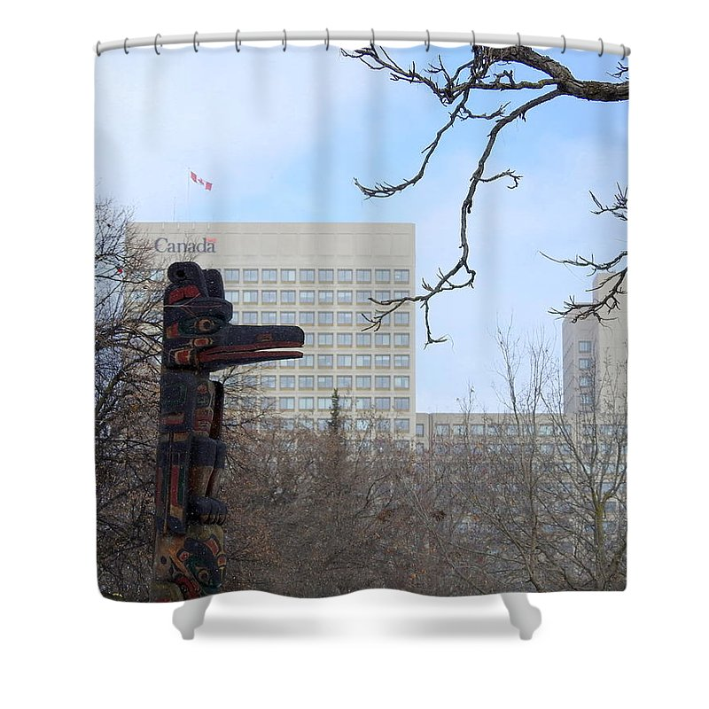 Totem Pole Shower Curtain featuring the photograph Kwakiuti Totem by Betty-Anne McDonald