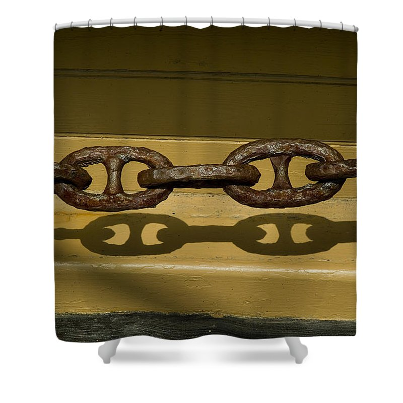 Mystic Shower Curtain featuring the photograph Large Rusted Chain And Its Shadow by Todd Gipstein