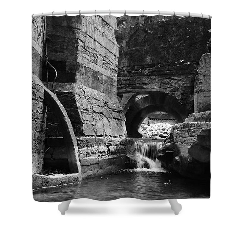 Skip Hunt Shower Curtain featuring the photograph Las Pozas 1 by Skip Hunt