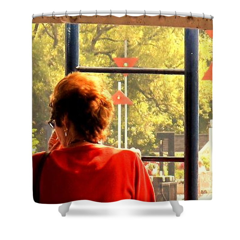 Toronto Shower Curtain featuring the painting Leaving by Ian MacDonald
