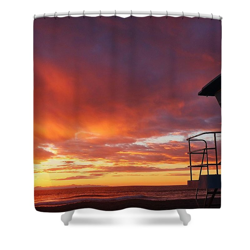 Life Guard Sunset Shower Curtain featuring the photograph Life Guard Tower by Dave Castro