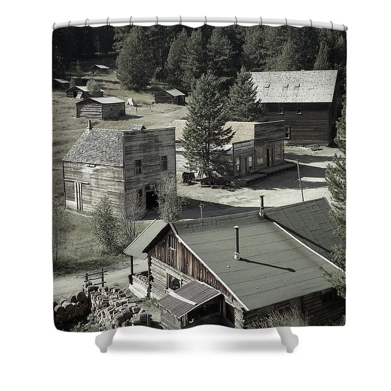 Ghost Towns Shower Curtain featuring the photograph Life In A Ghost Town by Richard Rizzo