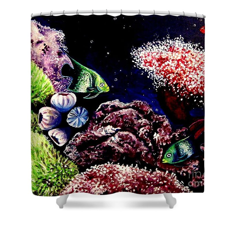 Fish Shower Curtain featuring the painting Lindsay's Aquarium by Elizabeth Robinette Tyndall