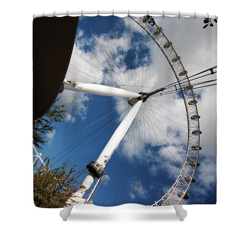 London Shower Curtain featuring the photograph London Ferris Wheel by Agusti Pardo Rossello