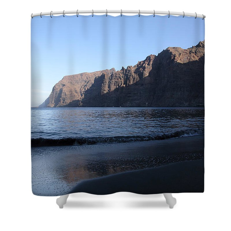 Seascape Shower Curtain featuring the photograph Los Gigantes Yacht by Phil Crean