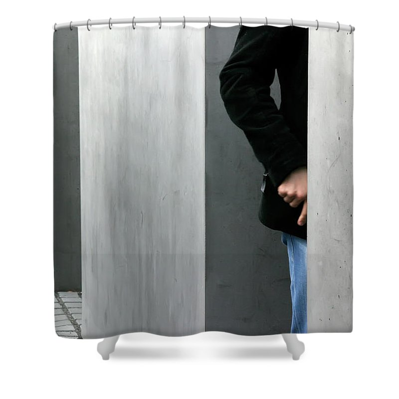 Berlin Shower Curtain featuring the photograph Lovers In Berlin by KG Thienemann