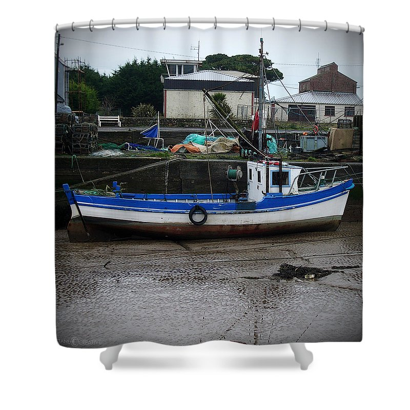 Boat Shower Curtain featuring the photograph Low Tide by Tim Nyberg