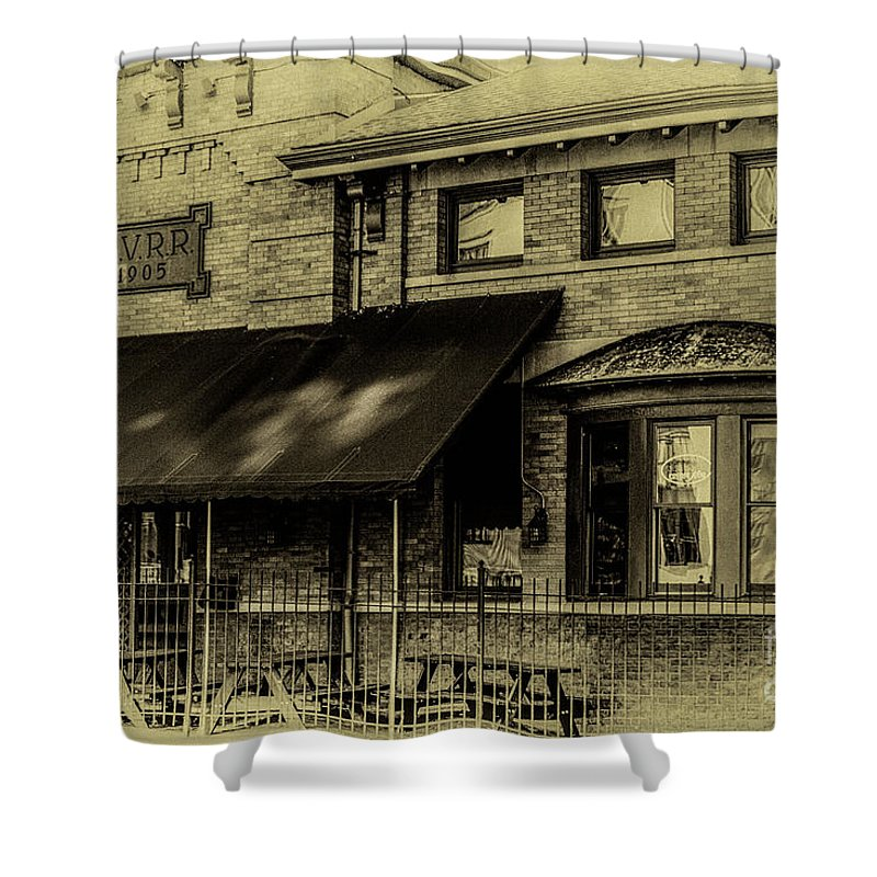 Lvrr Shower Curtain featuring the photograph L. V. R. R. Terminal 1905 by William Norton