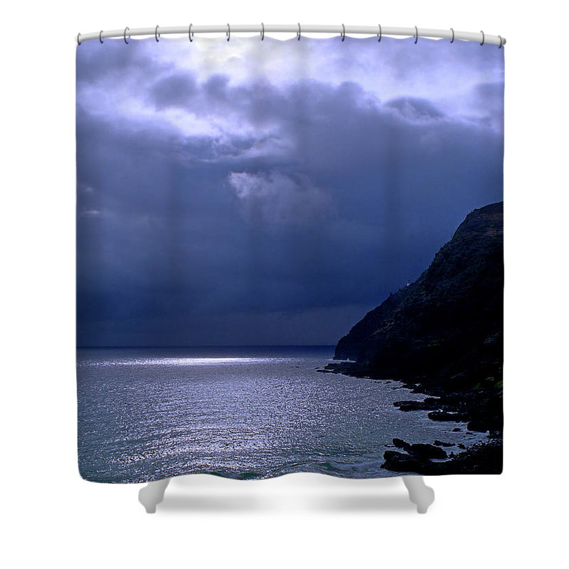 Makapuu Shower Curtain featuring the photograph Makapuu Moon by Kevin Smith